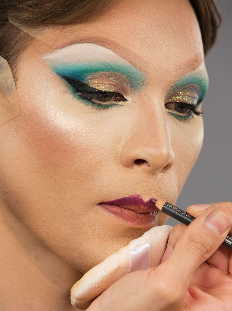 10 Dicas De Maquiagem Da Drag Queen Miss Fame We Fashion