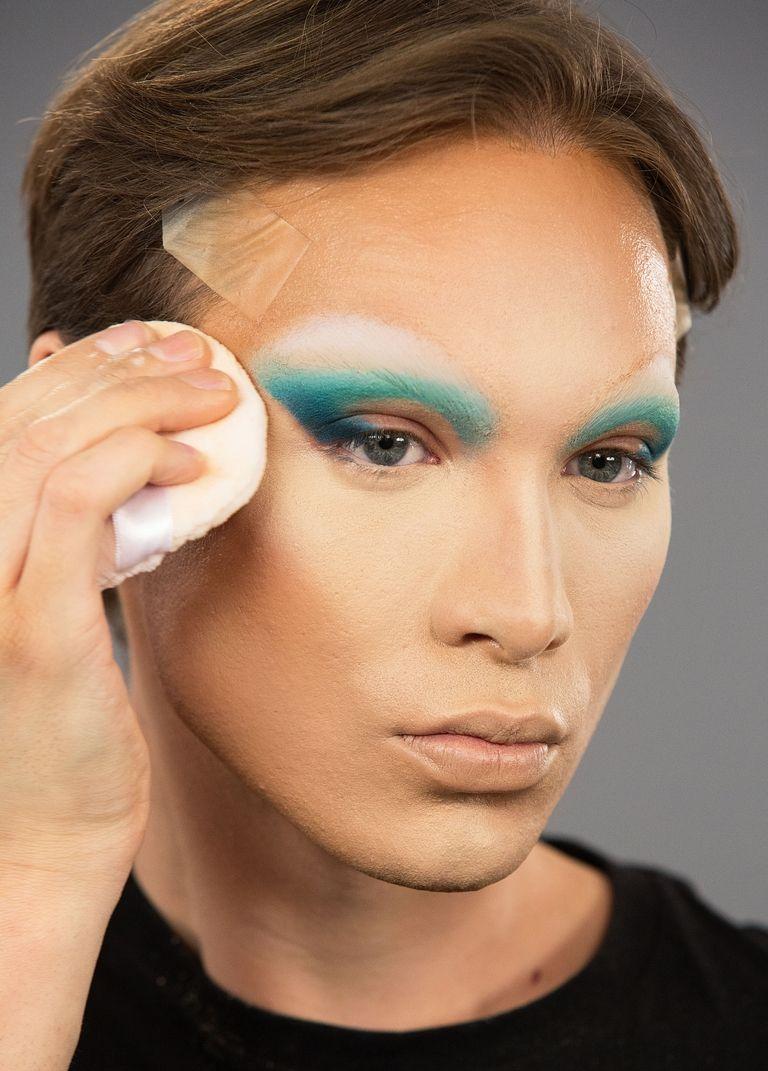 maquiagem miss fame pó para diminuir linhas dos olhos
