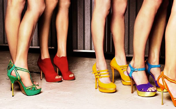 tendência de cores para calçados verão 2018