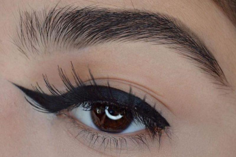 delineador para o lado de dentro dos olhos