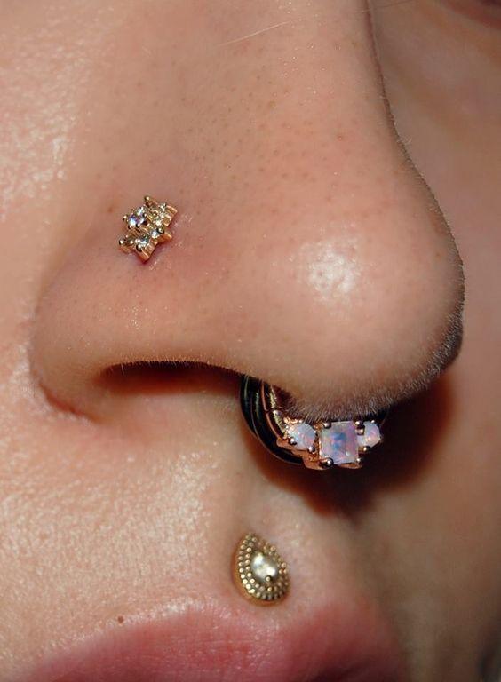 piercing nostril flor 1