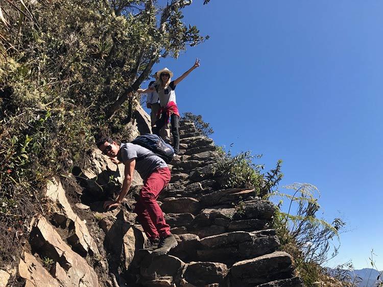 subindo-montanha-machu-picchu