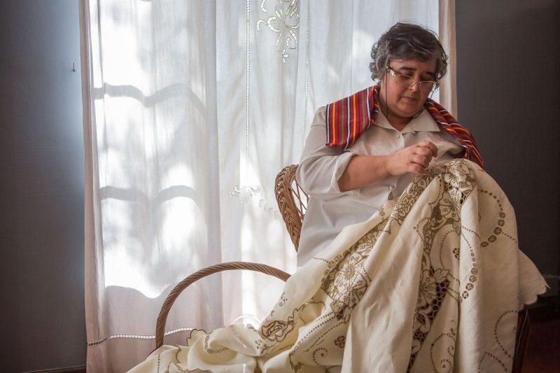 Costura do tecido (4)_Crédito - Turismo da Madeira