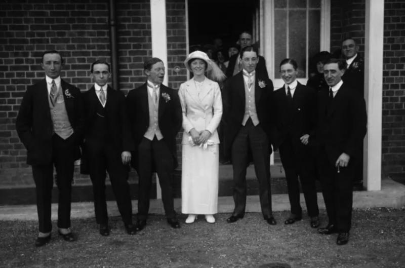 a origem dos padrinhos de casamento