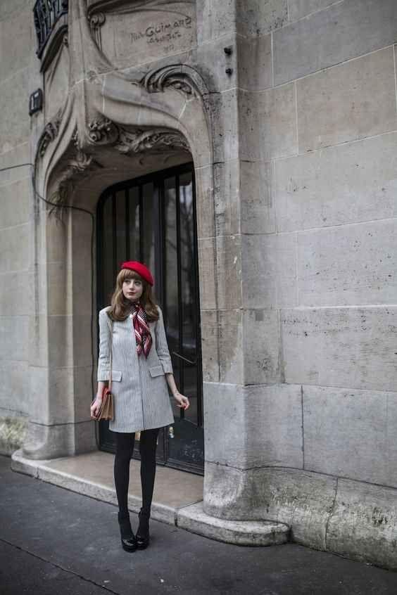 boina feminina francesa vermelha