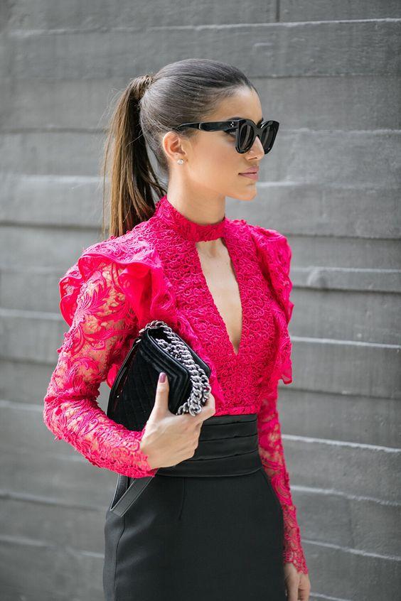 looks com blusa choker pink de renda