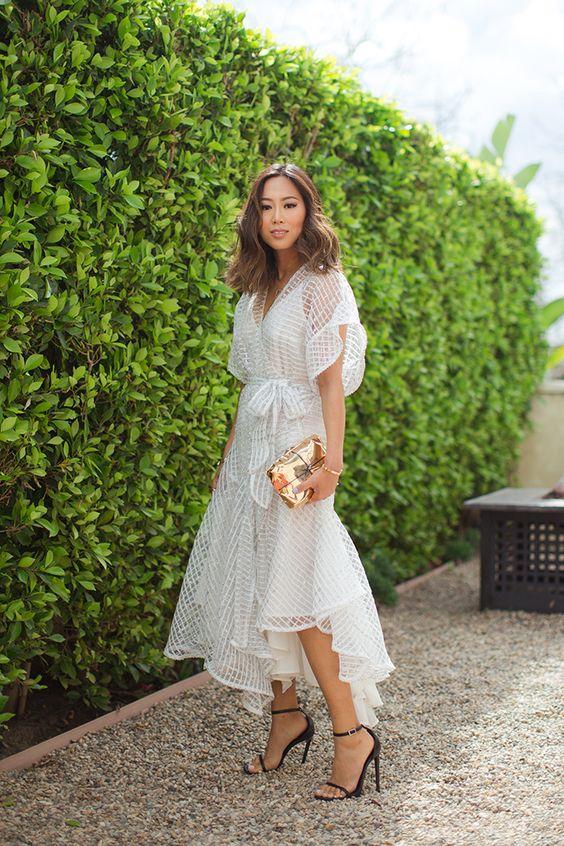vestido envelope branco de renda