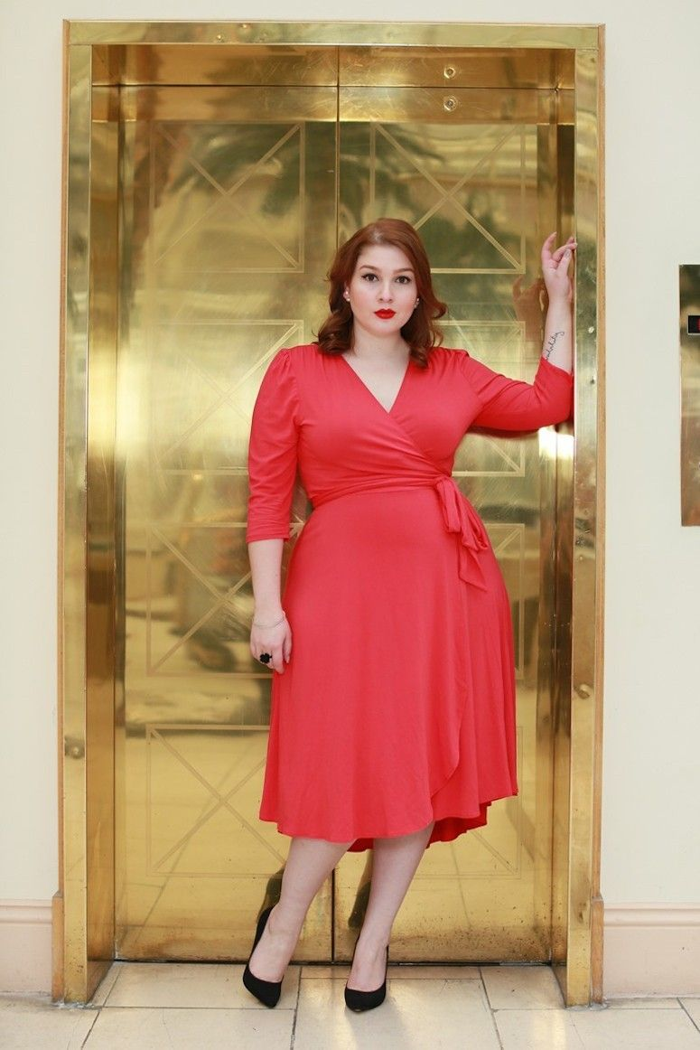 vestido envelope vermelho plus size