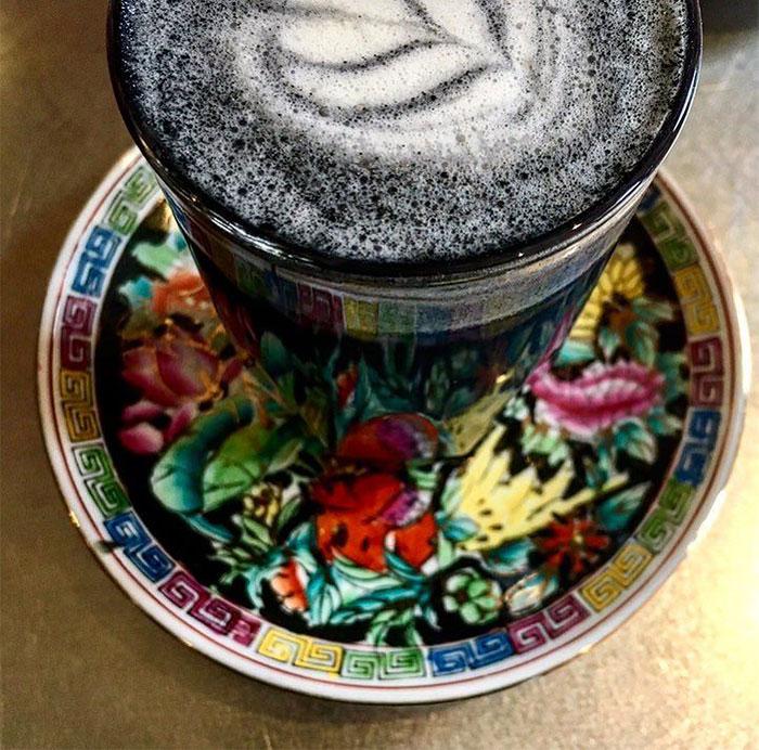 café preto gótico