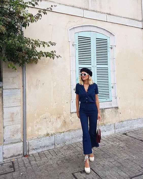 look francesa blusa e camsieta jeans e espadrilles