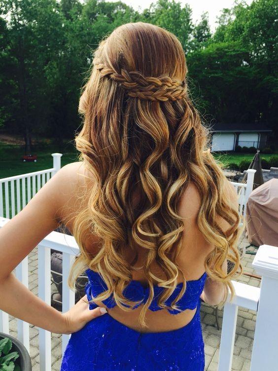 penteado madrinha de casamento cabelo longo com trança e babyliss
