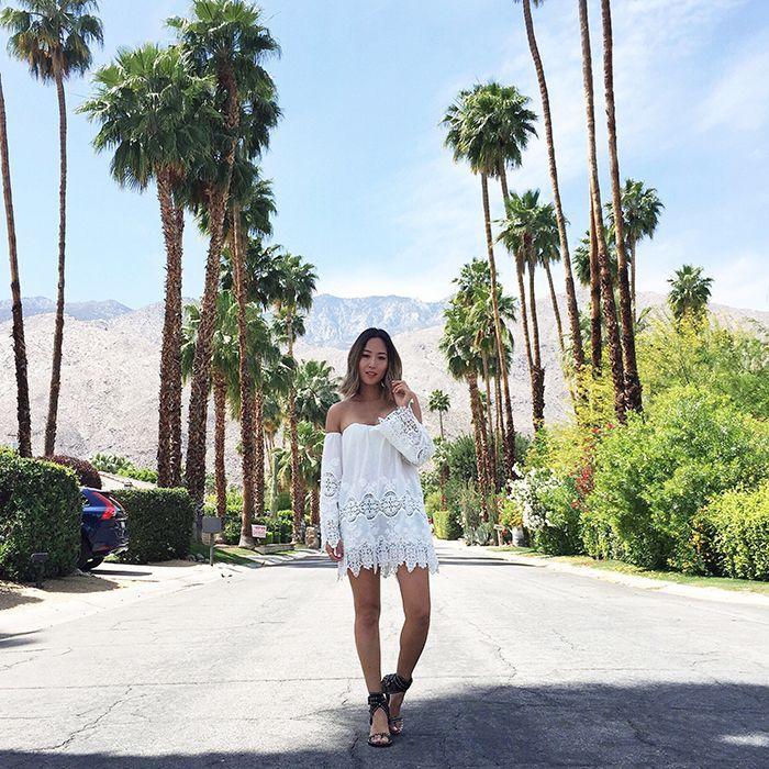 vestido de renda curto branco