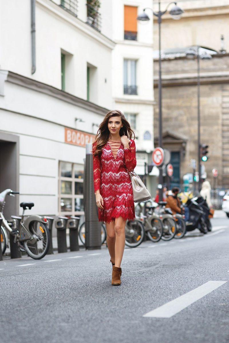 vestido de renda curto vermelho