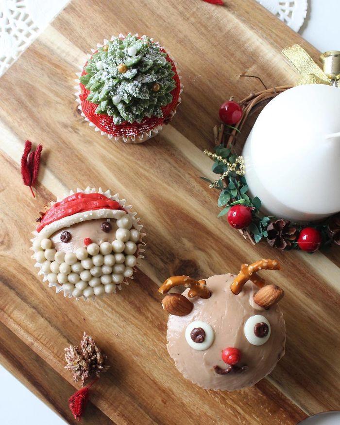 cupcake de natal árvore de natal, papai noel e rena