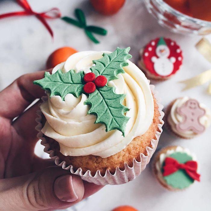 cupcake de natal colorido