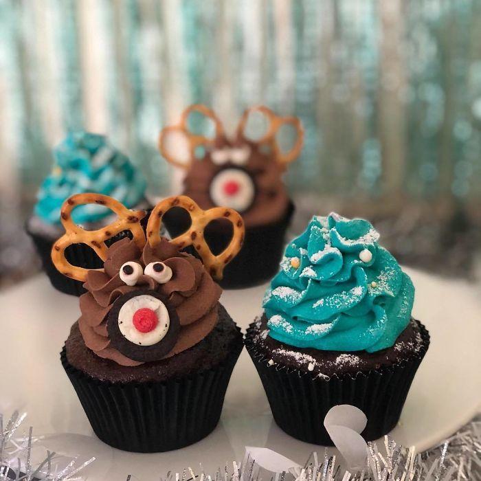 cupcake de natal rena e árvore