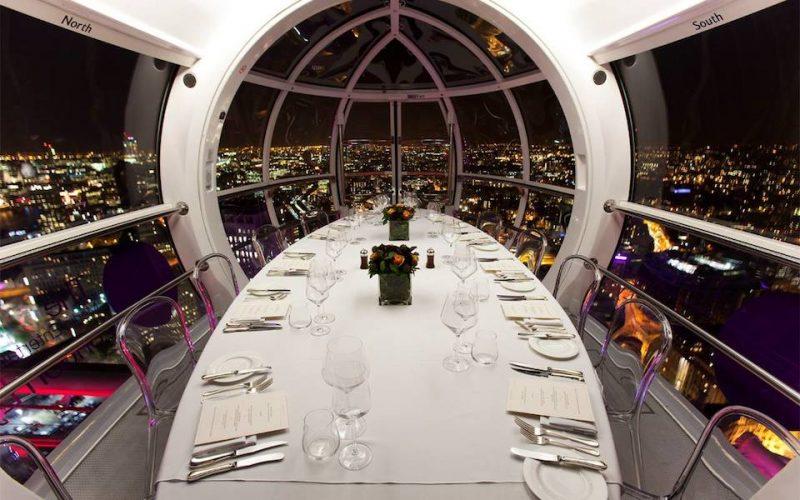 jantar dentro da London Eye
