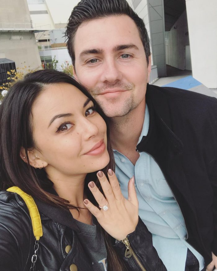 Janel Parrish e Chris Long