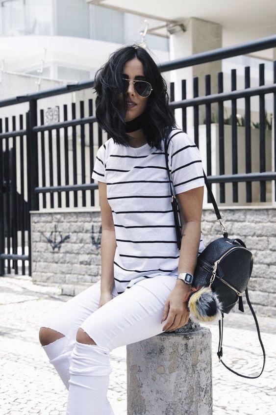 blusa listrada branca e preta com calça branca
