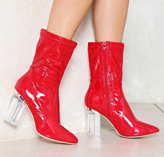 bota-de-vinil-vermelha
