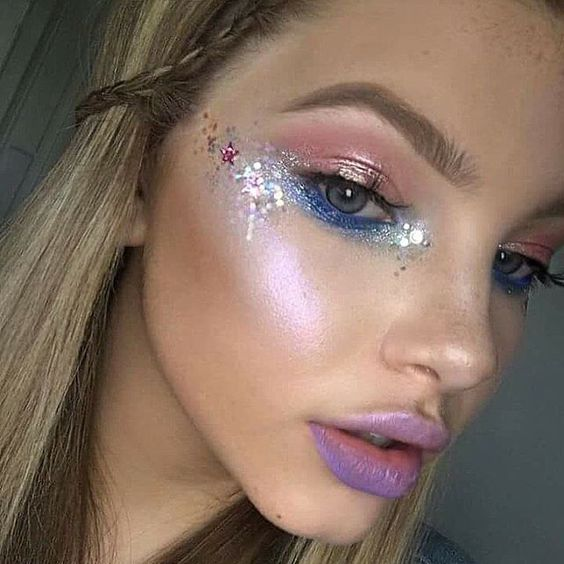 maquiagem galaxy nos olhos