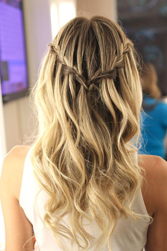 penteado com trança cabelo solto atrás