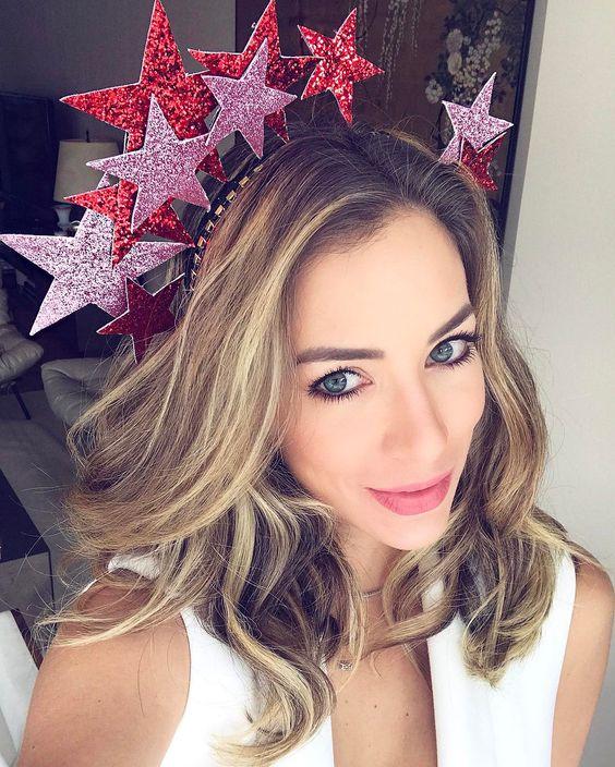 tiara estrelas vermelhas
