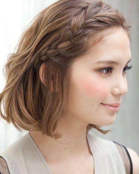trança na franja cabelo curto
