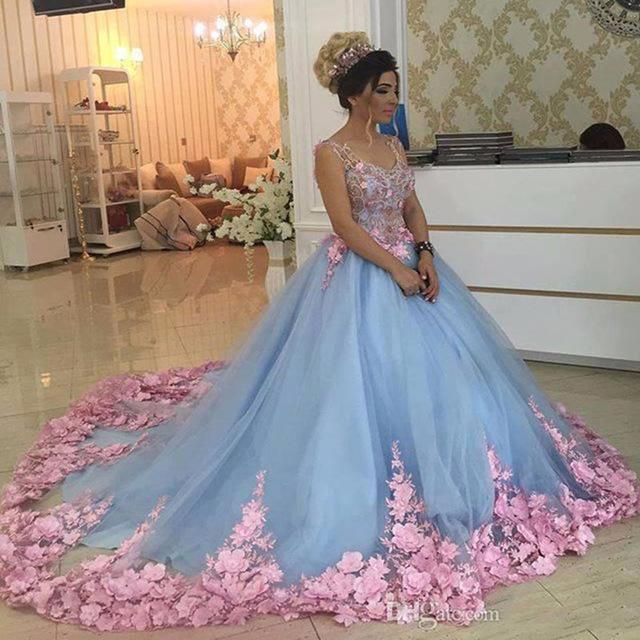 vestido debutante 15 anos azul claro e rosa