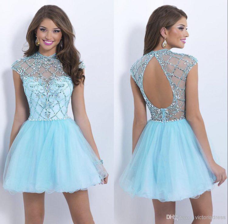 vestido debutante 15 anos curto azul claro