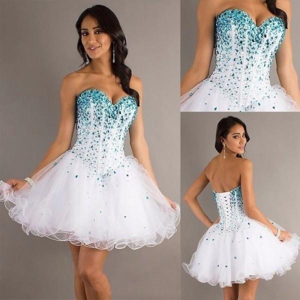 vestido debutante 15 anos curto branco e azul