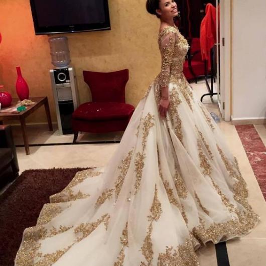 vestido debutante dourado