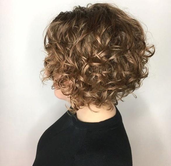 permanente nos cabelos