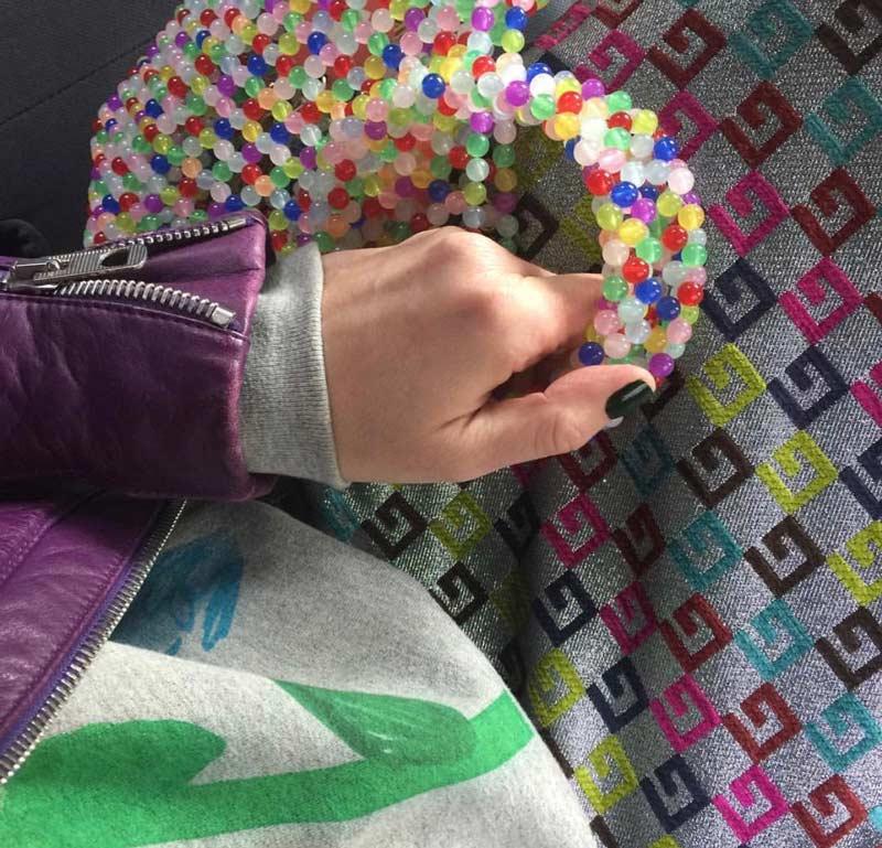 bolsa-crochê-de-plástico-como-usar