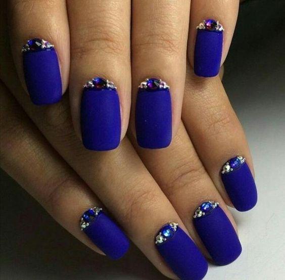 esmalte azul