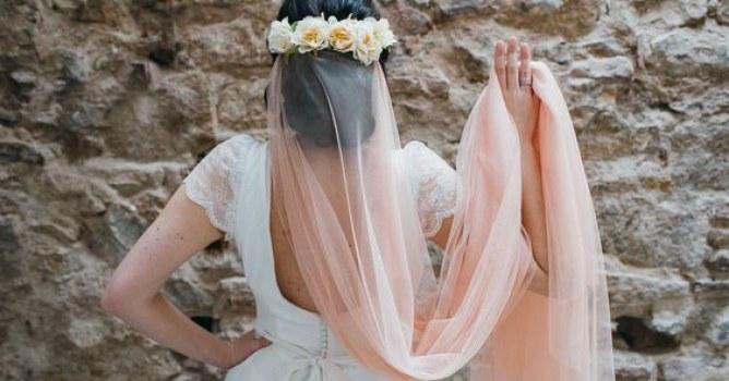 tendência véu de noiva colorido fotos