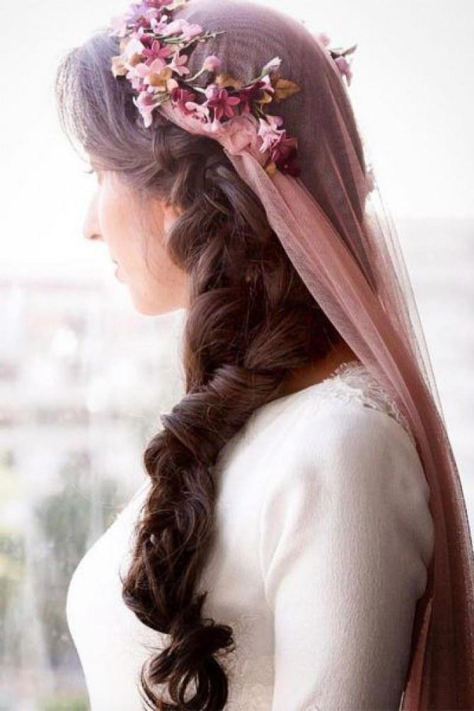véu de noiva colorido é tendência