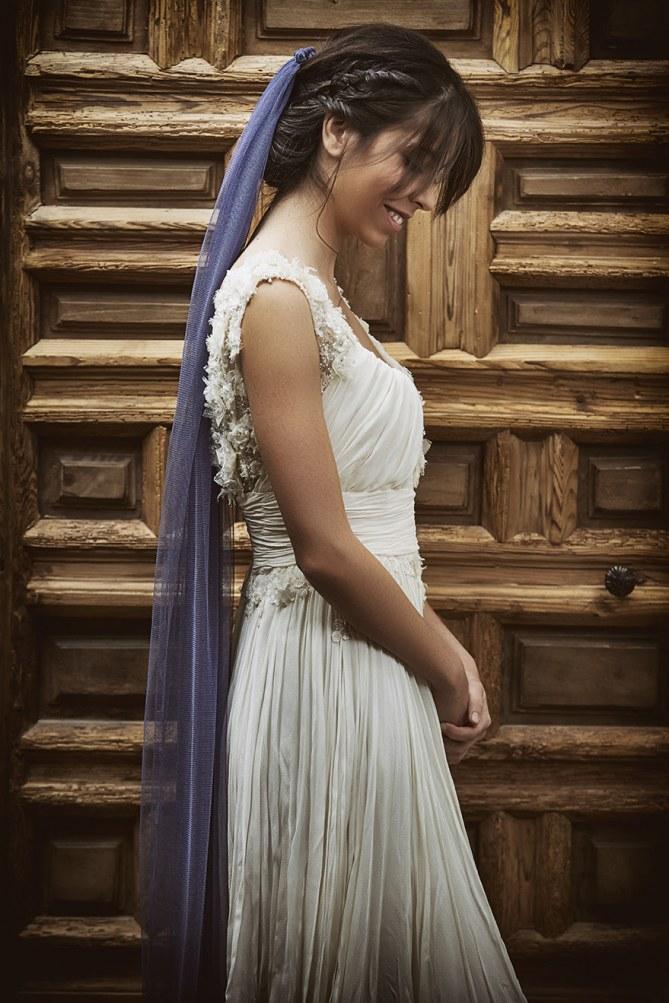véu de noiva colorido lilas