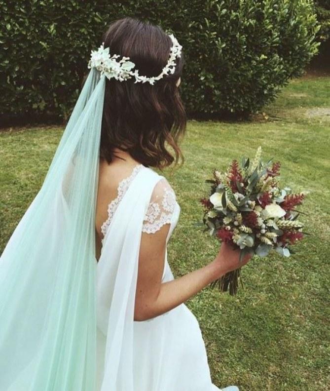 véu de noiva verde claro