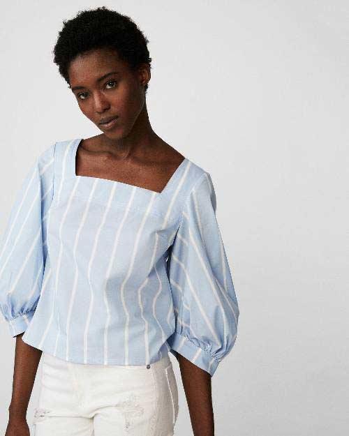 blusa-listrada-azul-e-decote-quadrado