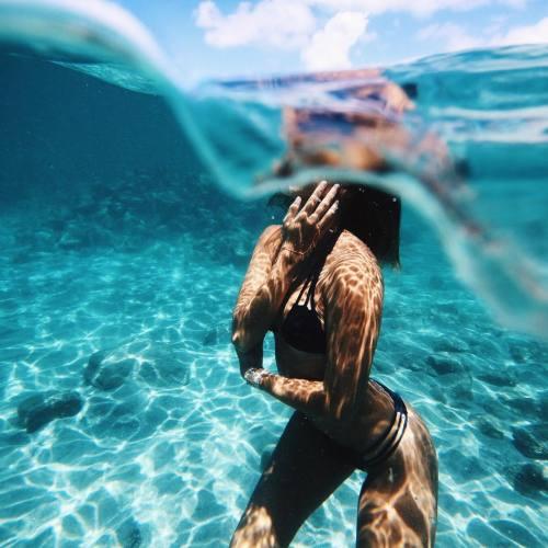 foto embaixo da agua tumblr