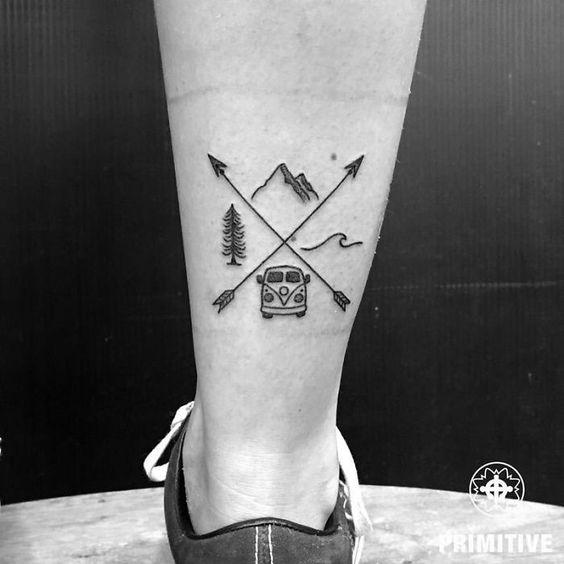 tatuagem de kombi na perna
