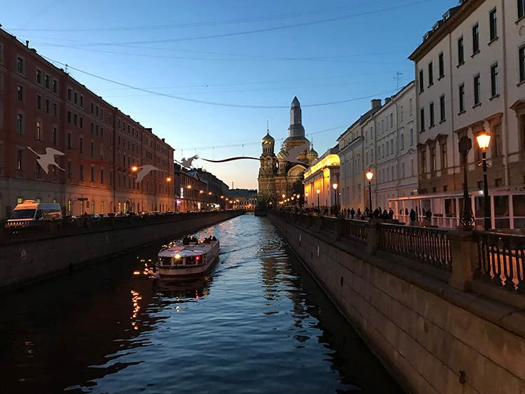 St-Petersburg-fim-do-dia