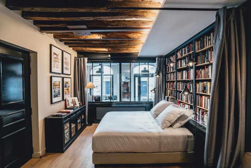livraria-vira-hotel-em-paris