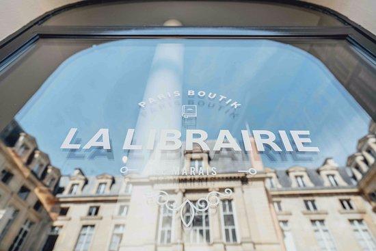 the-parisboutik-bookstore