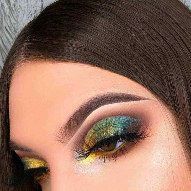 maquiagem-para-copa-olho-colorido