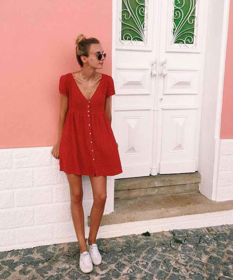 vestido-com-botões-na-frente-vermelho