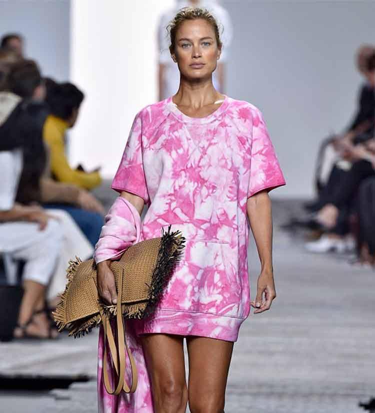camiseta-longa-tie-dye-rosa-pink