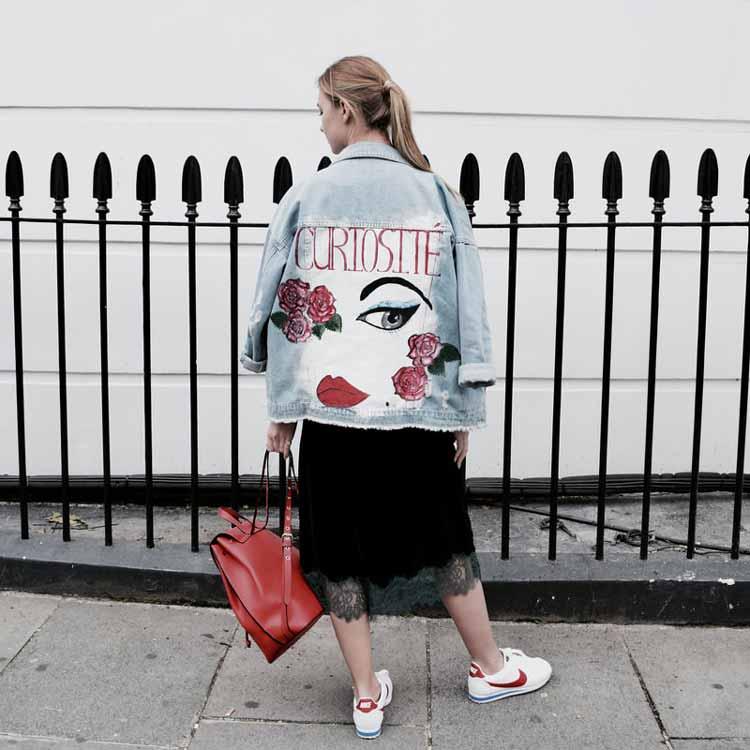 jaqueta-jeans-customizada-e-pintada