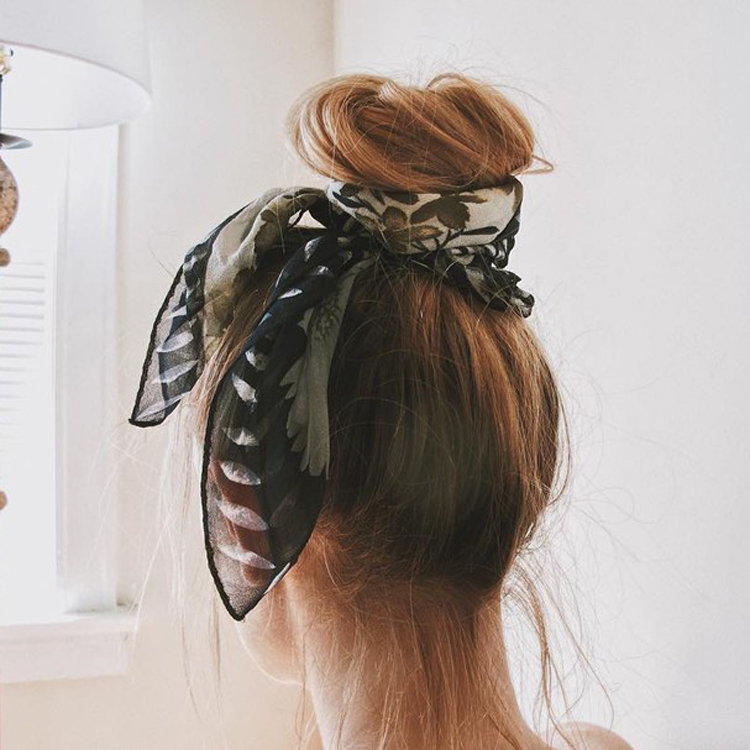 lenço-no-cabelo-coque-penteado